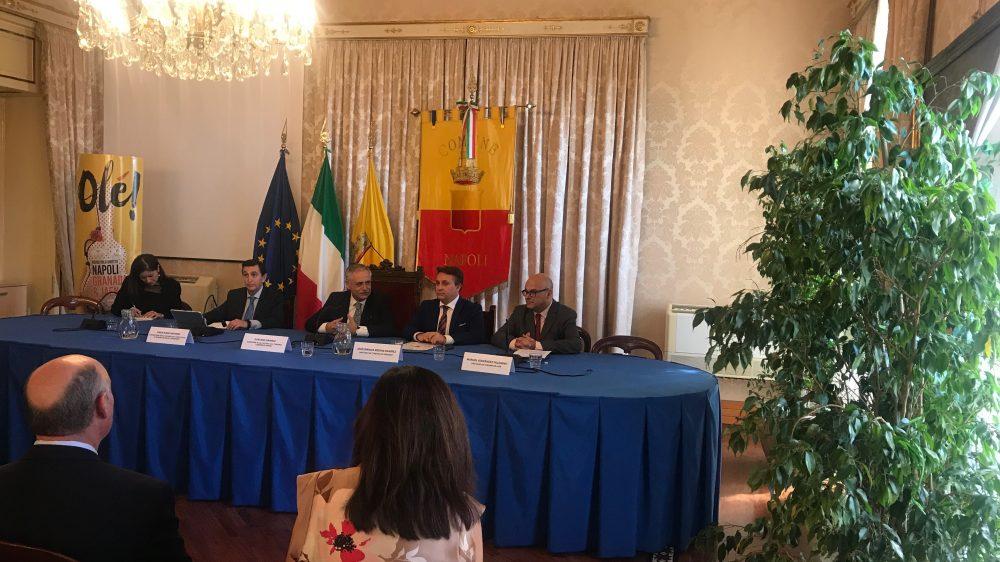 Granada, Jaén, Comune di Napoli e Proyecto España annunciano il nuovo volo aereo Napoli Granada
