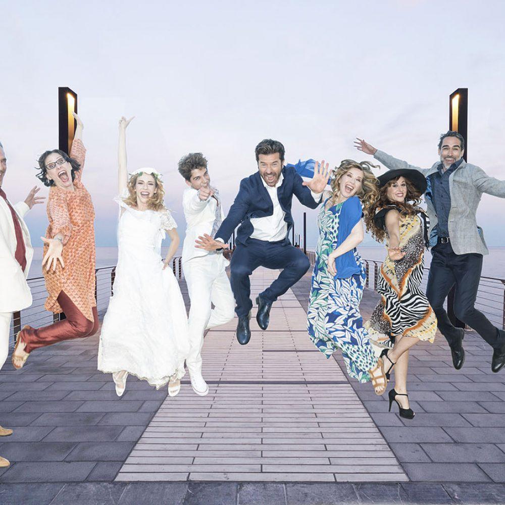 """Al Teatro Augusteo, Luca Ward, Paolo Conticini e Sergio Muniz saranno in scena con il musical """"Mamma Mia!""""."""