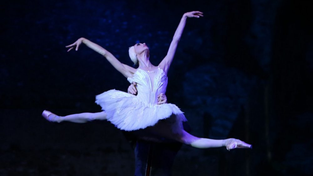 Per sezione Spettacoli, Danza, Formazione | Al via le attività della V Edizione di L'Abella Danza
