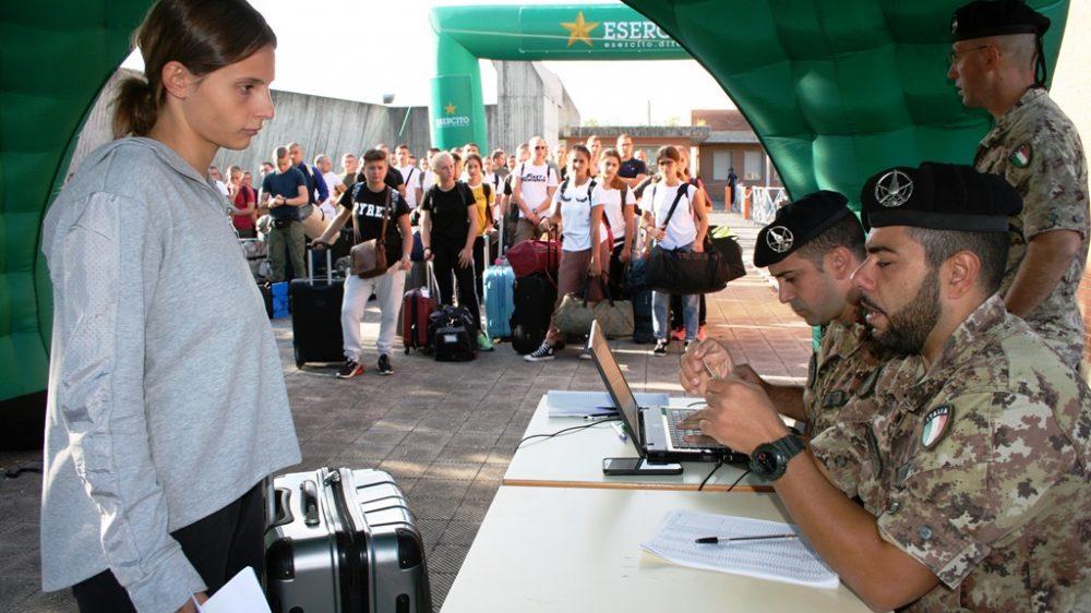 """Nuovi Volontari dell'Esercito Italiano   Addestramento continuo per la Caserma """"Oreste Salomone"""" dove sono giunti i Volontari del 2° blocco 2019"""