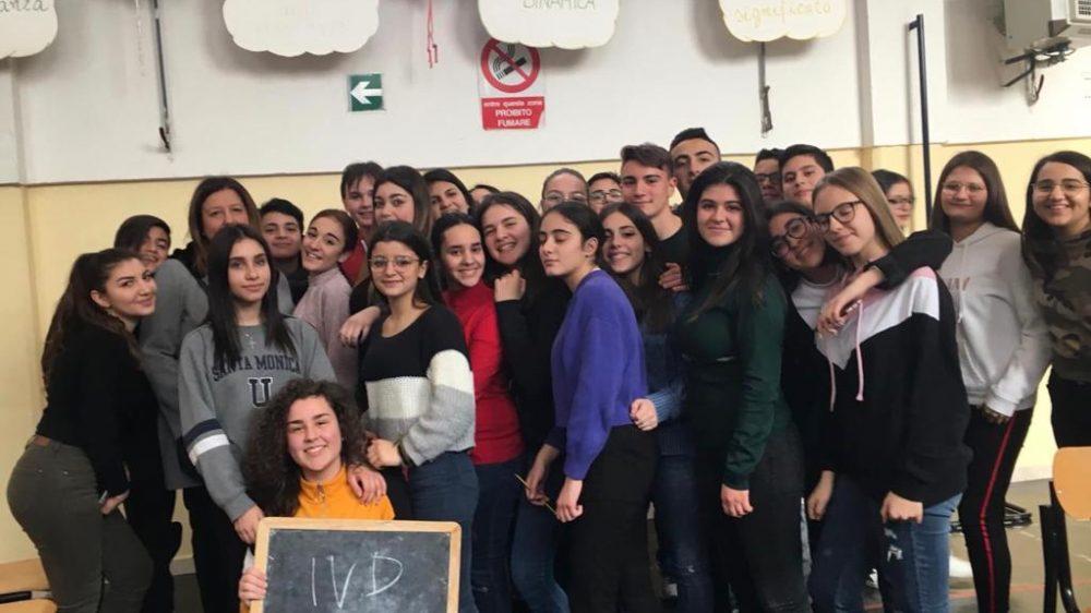 """Al Liceo """" Carducci"""" sfida sui libri tra le scuole medie."""
