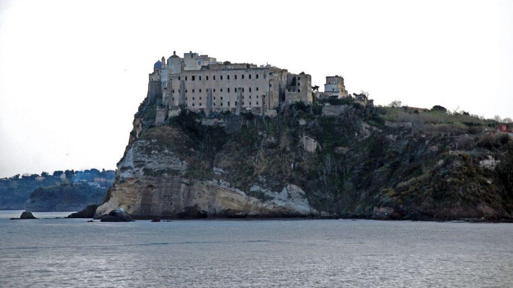 Arriva a Mondragone e Procida il cartellone di OPENart con Sal Da Vinci e Rosso Vanitelliano domenica 9 agosto www.scabec.it