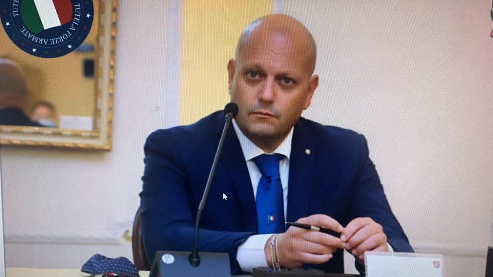 De Luca annuncia il Coprifuoco e a Napoli parte la rivolta. L'associazione Tutela delle Forze Armate scende in campo.