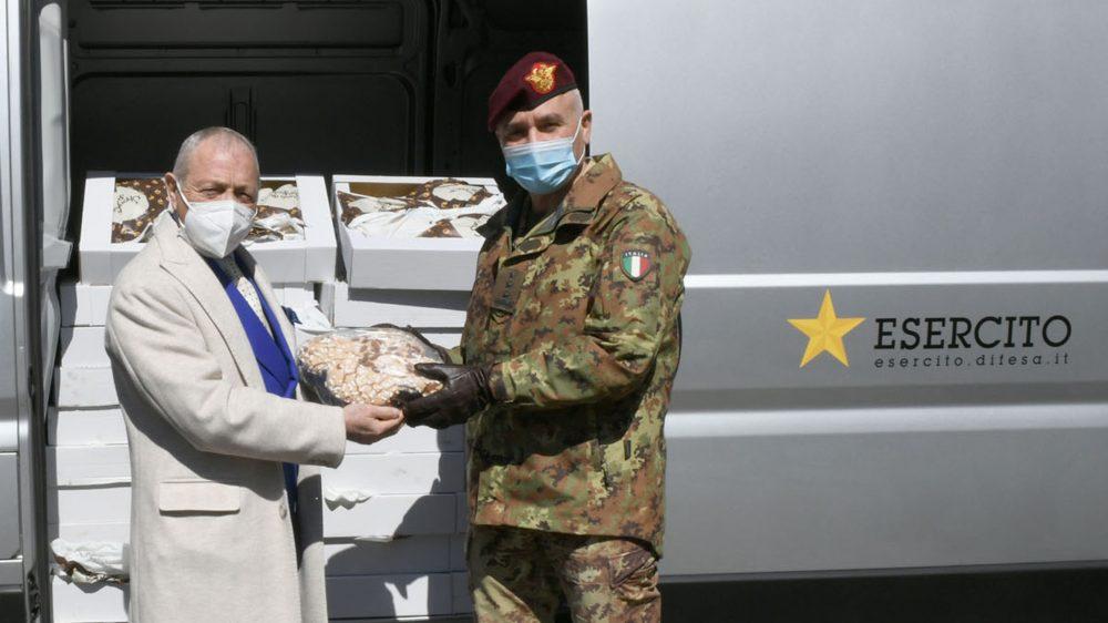 Raccolta alimentare volontaria al Comando Militare della Capitale