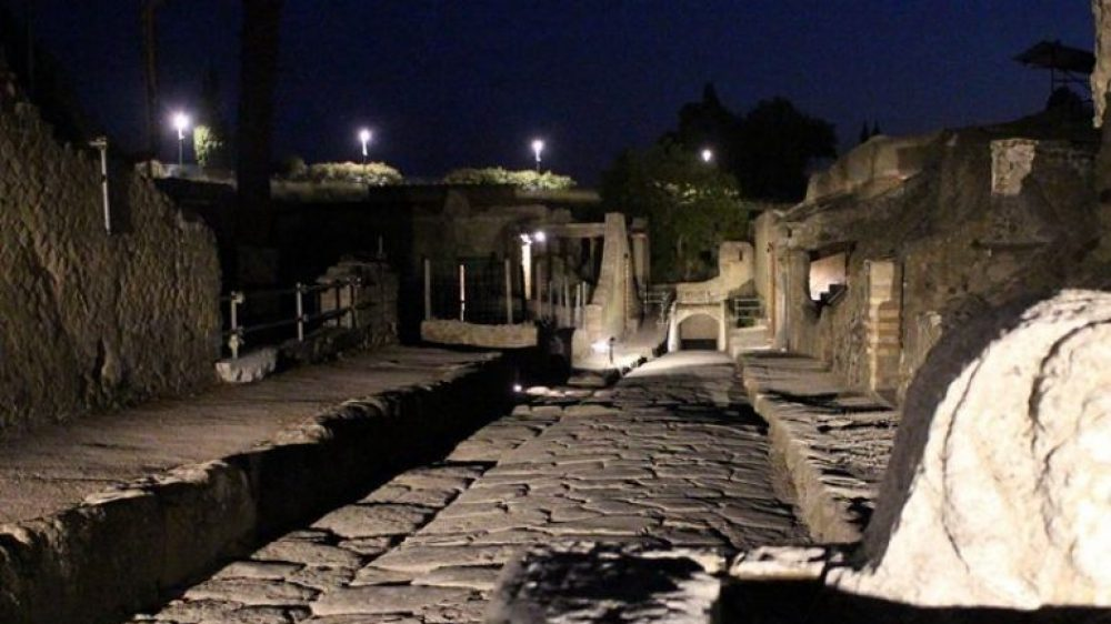 Weekend di Ferragosto con Campania By Night – ad Ischia Ercolano e Minori